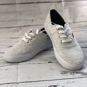 Levis white/grey casual low cut women shoes